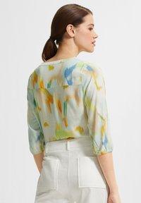 comma - Blouse - mint green faded flower - 2