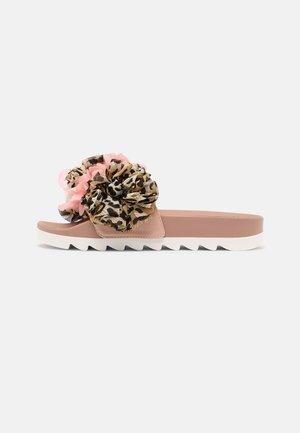 SLIDE MULTI FLOWERS - Sandaler - pink