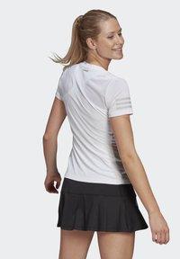 adidas Performance - CLUB TEE - T-shirt print - white/gretwo - 1