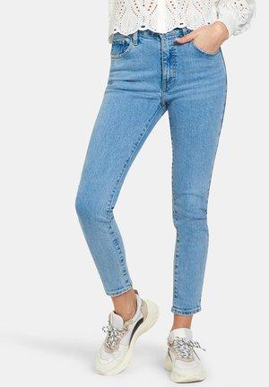 LIZZY DENIM - Jeans Skinny Fit - white
