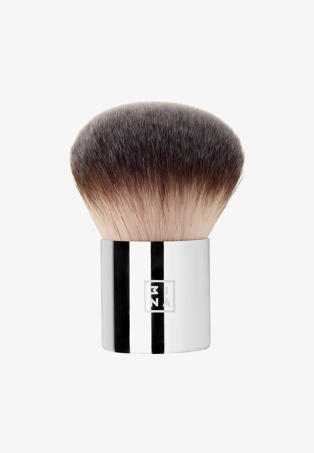 KABUKI BRUSH - Makeup brush - -
