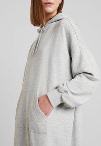 Monki - ZANDRA DRESS - Kjole - grey melange - 5