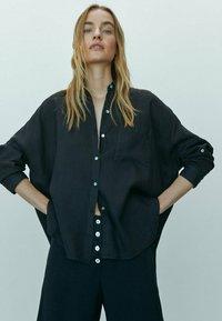 Massimo Dutti - Button-down blouse - black - 2