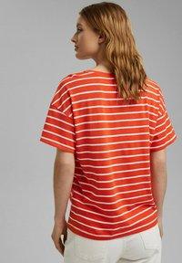 Esprit - Print T-shirt - orange - 2