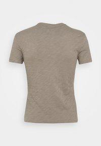 Theory - TINY TEE NEBULOUS - Basic T-shirt - moss - 7