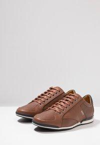 BOSS - SATURN - Sneakers laag - medium brown - 2