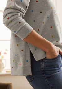 Boden - JASMINE  - Sweatshirt - grau meliert, polka-tupfen - 2