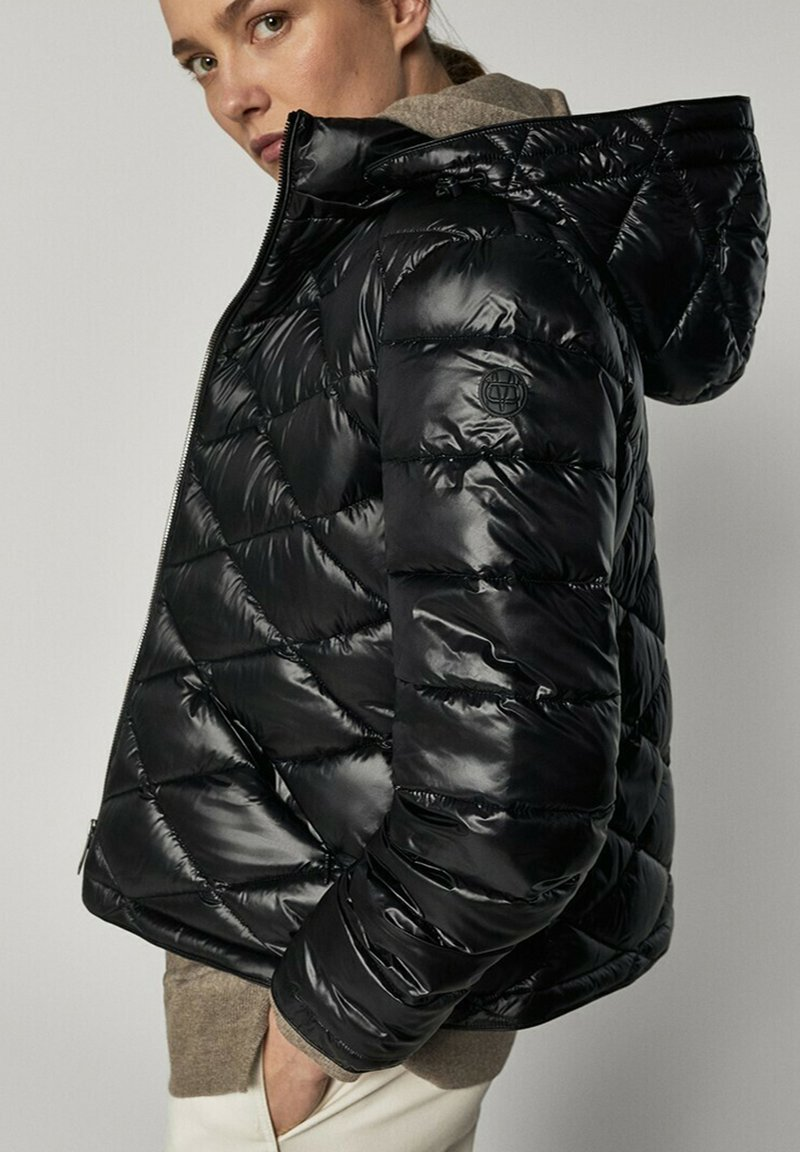 Massimo Dutti - Winter jacket - black