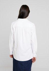 Esprit - SOFT OXFORD - Button-down blouse - white - 2