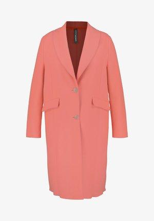 Classic coat - fusion coral