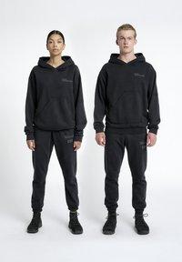 HALO - Hættetrøjer - black - 1