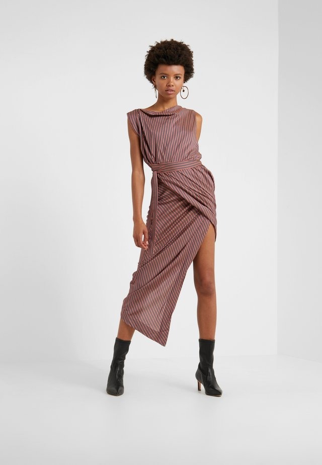 VIAN DRESS - Robe longue - aubergine