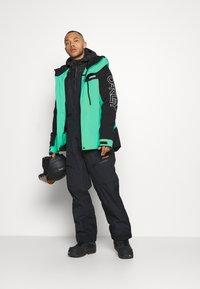 Oakley - Snowboard jacket - black/mint - 1