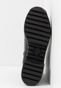 co wren - Platform ankle boots - black - 6