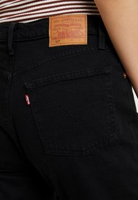 Levi's® - 501® CROP - Džíny Straight Fit - black heart - 3