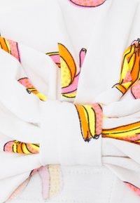 Never Fully Dressed Kids - BABIES BANANA TURBAN DRIBBLE BIB SET - Beanie - multicoloured - 2