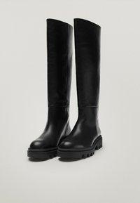 Massimo Dutti - MIT SUPER-PROFILSOHLE - Boots - black - 1