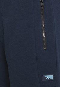 Jack & Jones - JJIAIR - Sports shorts - navy blazer - 5