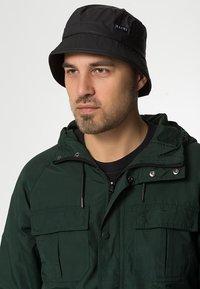 Rains - Hat - black - 0