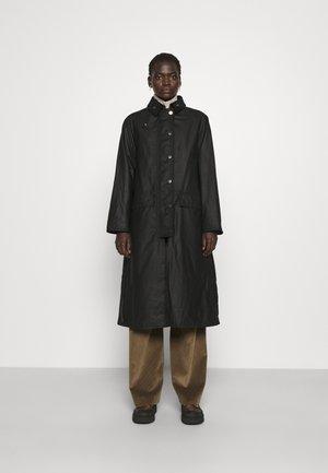 DE BEAUVOIR - Classic coat - black