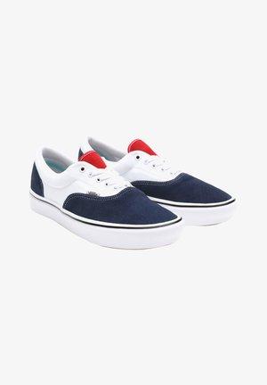 UA COMFYCUSH ERA - Sneakers -  drs bls/wht
