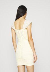 Missguided - CORSET DETAIL BARDOT BODYCON DRESS - Robe de soirée - cream - 2