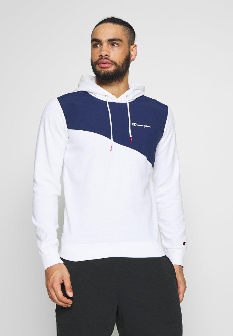 Champion - BLOCK HOODED  - Bluza z kapturem - white/dark blue