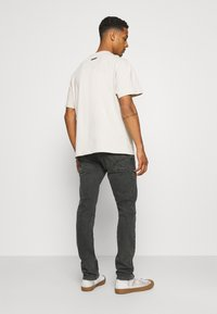 Pepe Jeans - CASH 5 PKT - Jeansy Slim Fit - grey denim - 2
