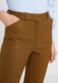 Mulberry - EVE - Trousers - dark yellow - 4