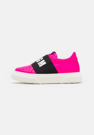 UNISEX - Sneakersy niskie - neon pink