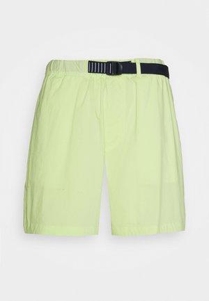 BELTED BEACH  - Short - green