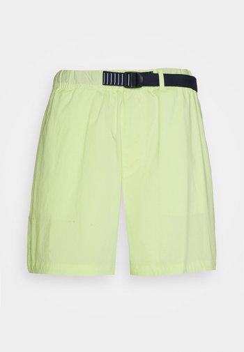 BELTED BEACH  - Shorts - green