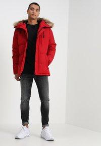 Alessandro Zavetti - OSHAWA - Winter jacket - red - 1