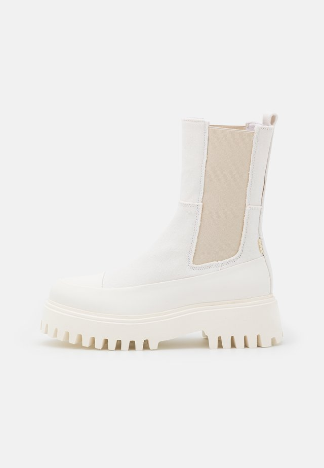 GROOV-Y - Plateaustiefelette - offwhite