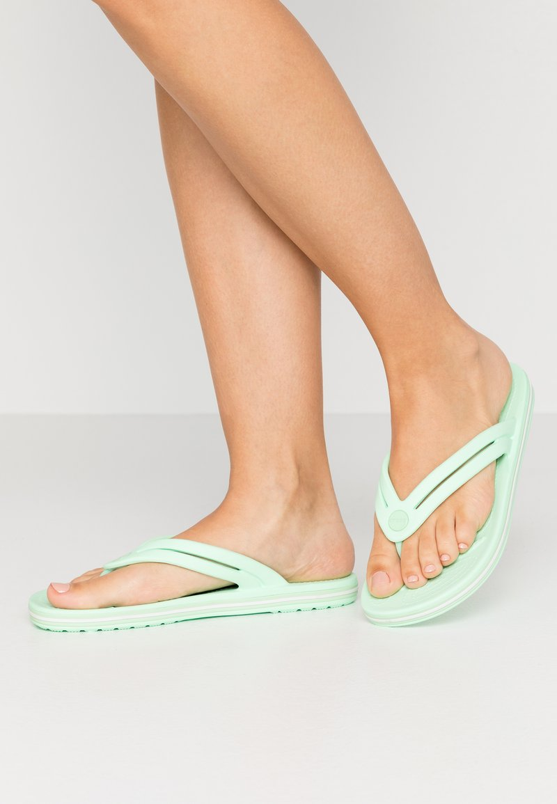Crocs - CROCBAND - Pool shoes - neo mint