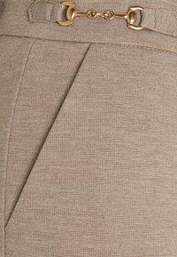 Freequent - DÈCOR - Trousers - beige sand melange - 2