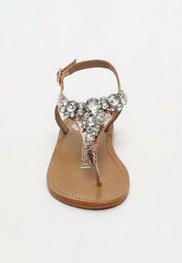 Les Bagatelles - GENIA   - T-bar sandals - rose gold - 2
