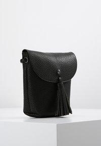 TOM TAILOR DENIM - IDA - Across body bag - schwarz - 3