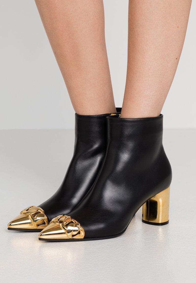 Casadei - Kotníkové boty - nero