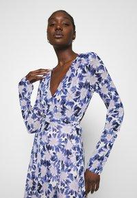 Fabienne Chapot - NATASJA FRILL DRESS - Day dress - marigold/lilac - 3
