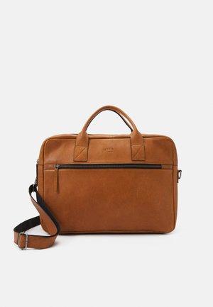 CLEAN BRIEF 2 ROOMS - Laptop bag - light cognac