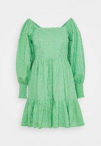 Lace & Beads - CAYLEE DRESS - Koktejlové šaty/ šaty na párty - green - 4