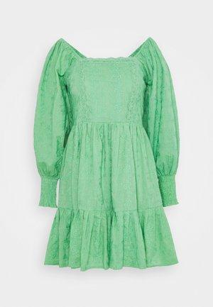 CAYLEE DRESS - Vestido de cóctel - green