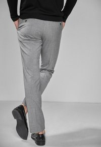 Next - Oblekové kalhoty - light grey - 2