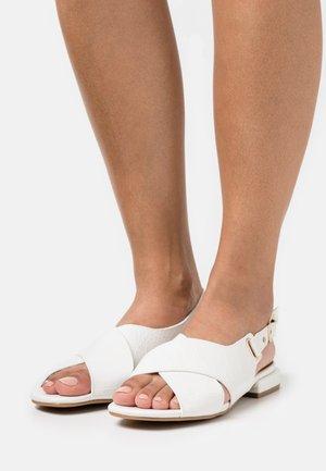 Sandály - blanc