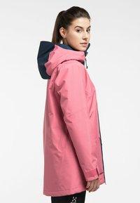 Haglöfs - LUMI INSULATED PARKA - Snowboard jacket - tulip pink/tarn blue - 2