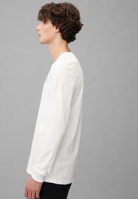 Marc O'Polo DENIM - Long sleeved top - scandinavian white - 3