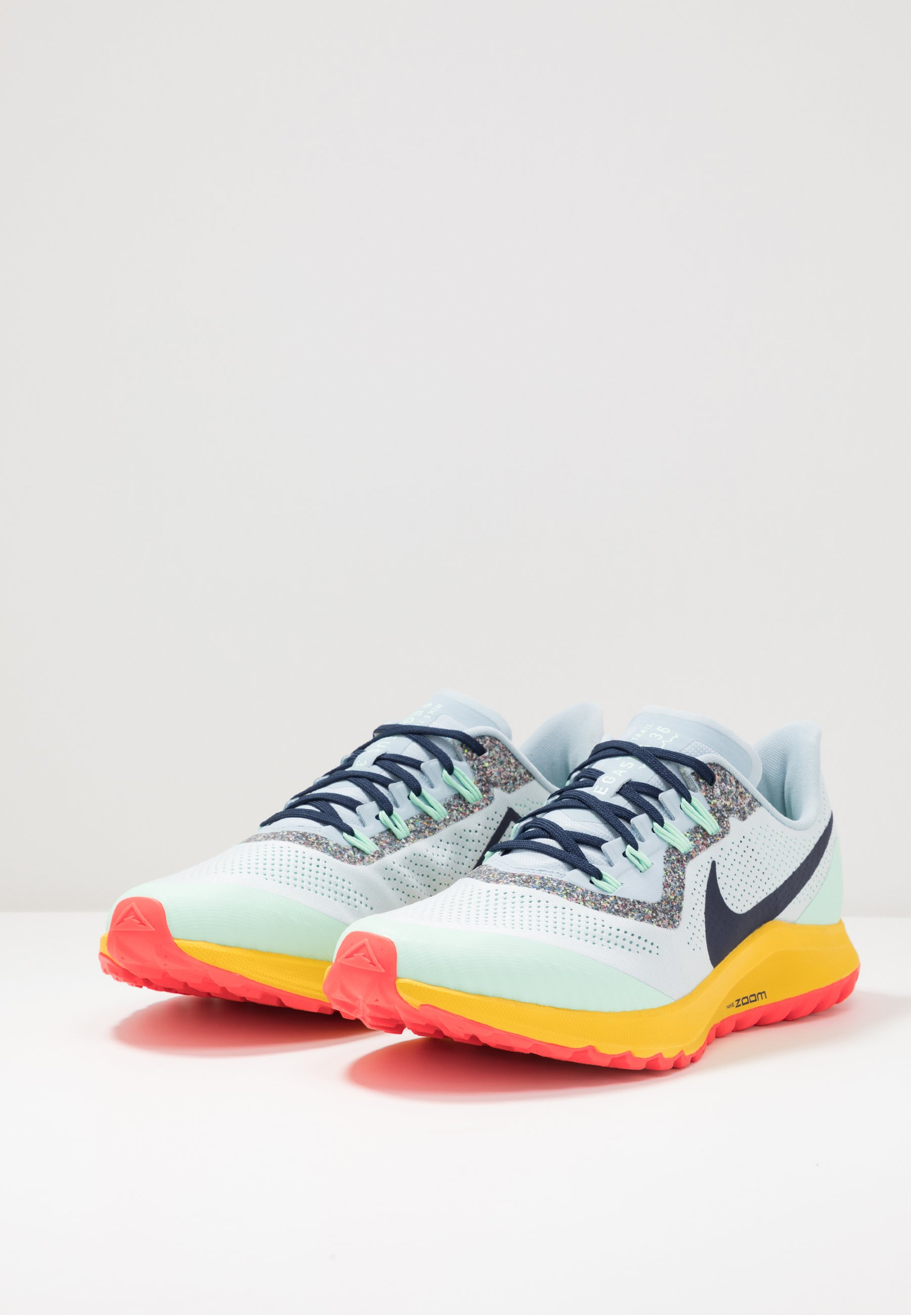 Nike Performance AIR ZOOM PEGASUS 36  - Laufschuh Trail - aura/blackened blue/light armory blue/mint foam/speed yellow/laser crimson/hellblau - Herrenschuhe 1GM6y