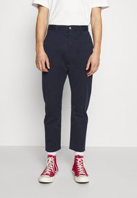 Edwin - UNIVERSE PANT CROPPED - Pantalon classique - navy blazer - 0
