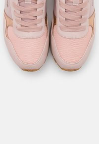 mtng - CORE - Sneakers - nude - 5